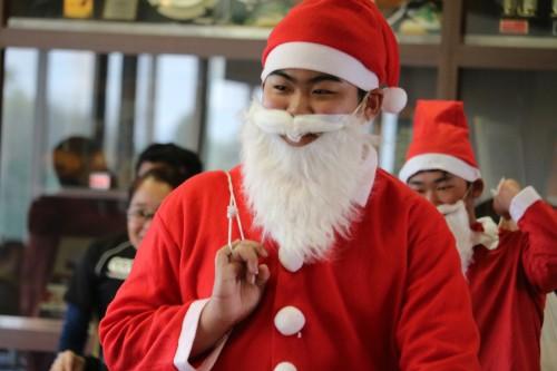 クリスマス会 北九州市少年・少女ラグビースクールヤングウェーブ北九州